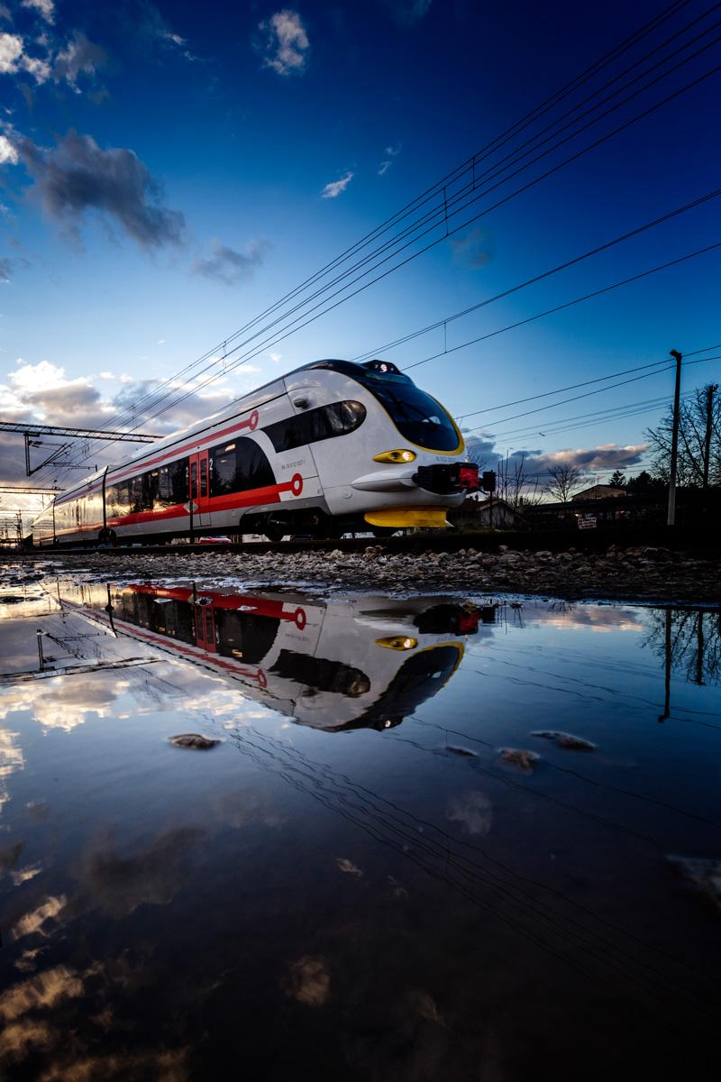 zrcalna slika vlaka